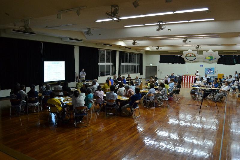 うるま市平安座島で開催した移住者受け入れを学ぶ講演会